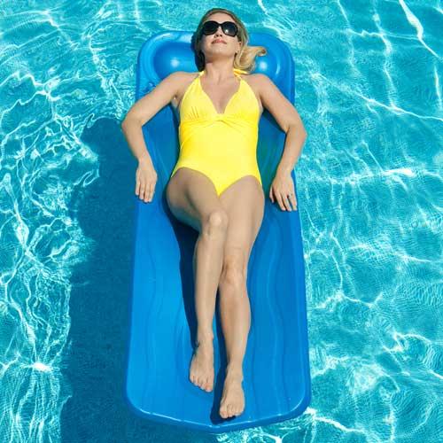 Aquaria Marquis Pool Float